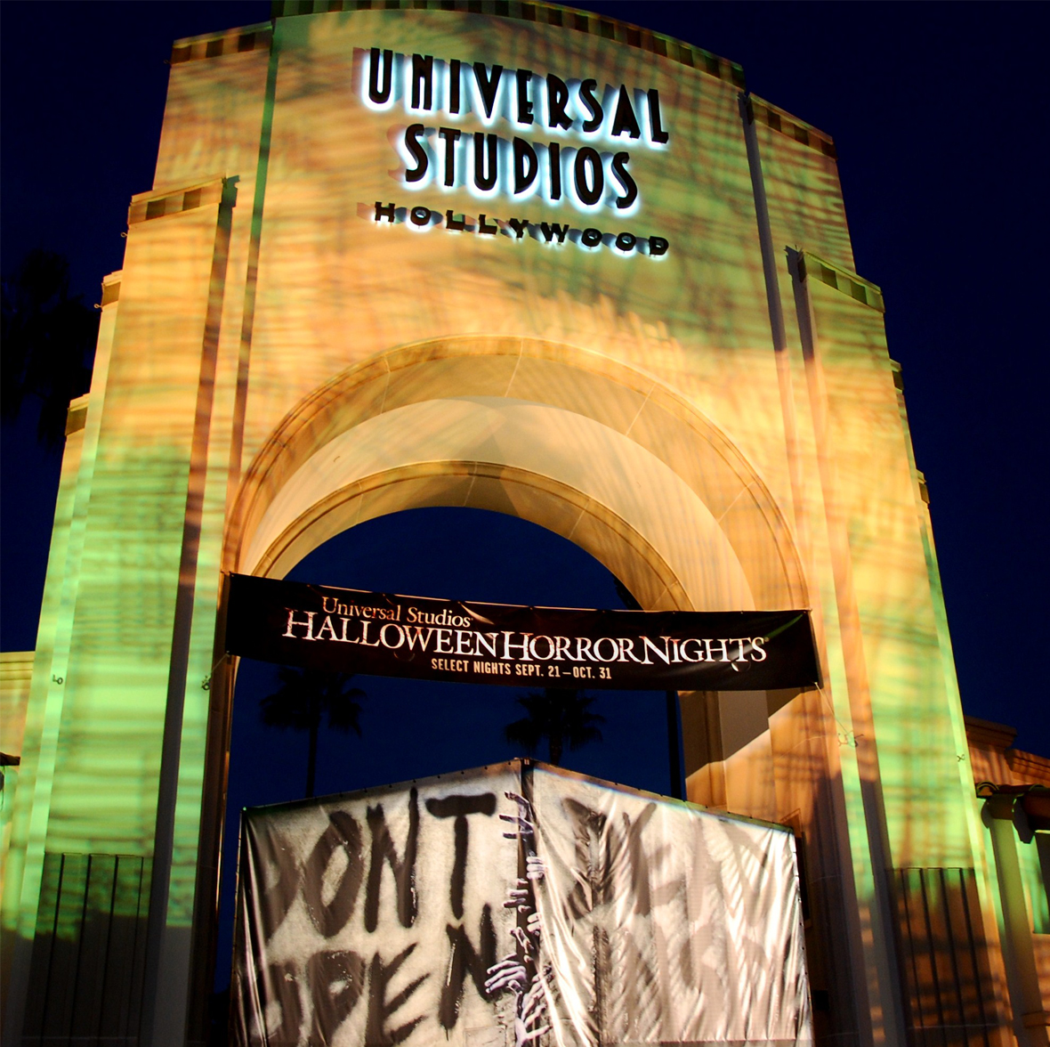 Universal Hollywood's Halloween Horror Nights (HHN) - 2012 - Page ...