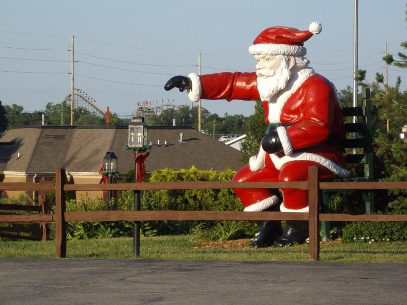 400 Santa Claus Jpg