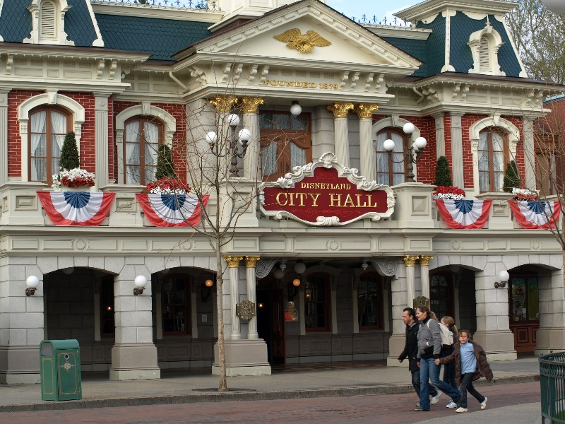 Disneyland Paris Fun Time Photo TR Theme Park Review - What city is disneyland in