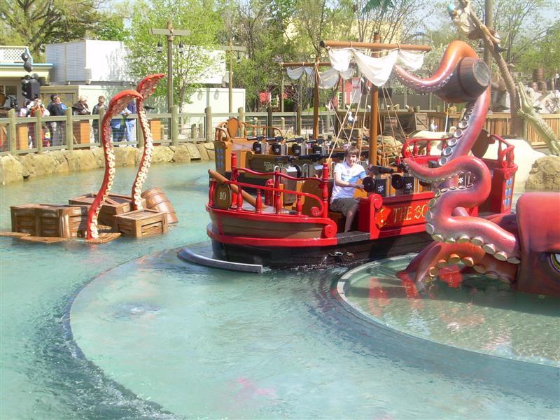Buccaneer Battle à Six Flags Great America Dscn2815__medium__329