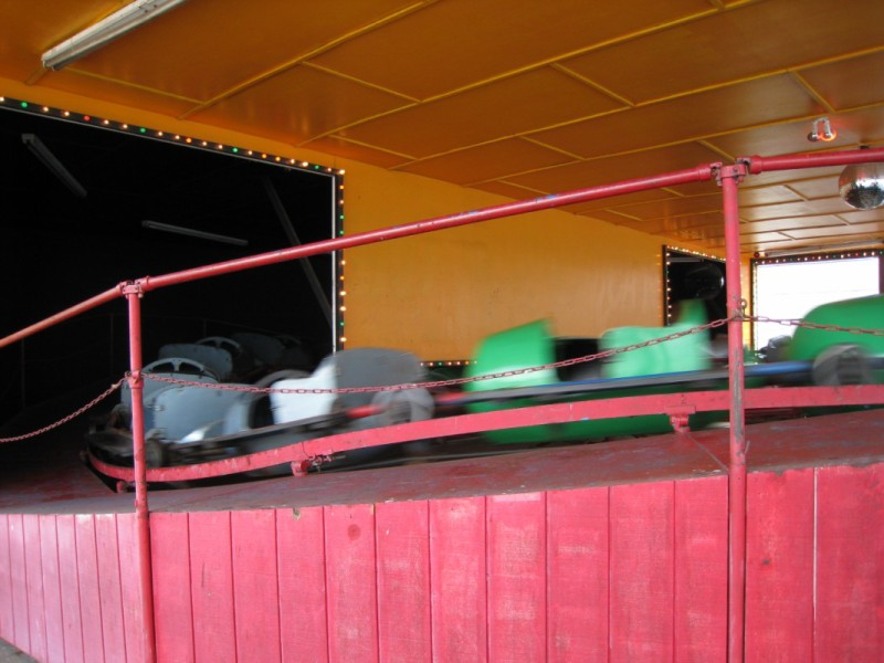 an overview of the drop zone and the use of the bumper cars Used rides for sale phone: (615) 383-3986 fax: 1994 majestic floor & 19 bumper cars - very good condition: call 2011 sbf drop'n twist 12 meters.