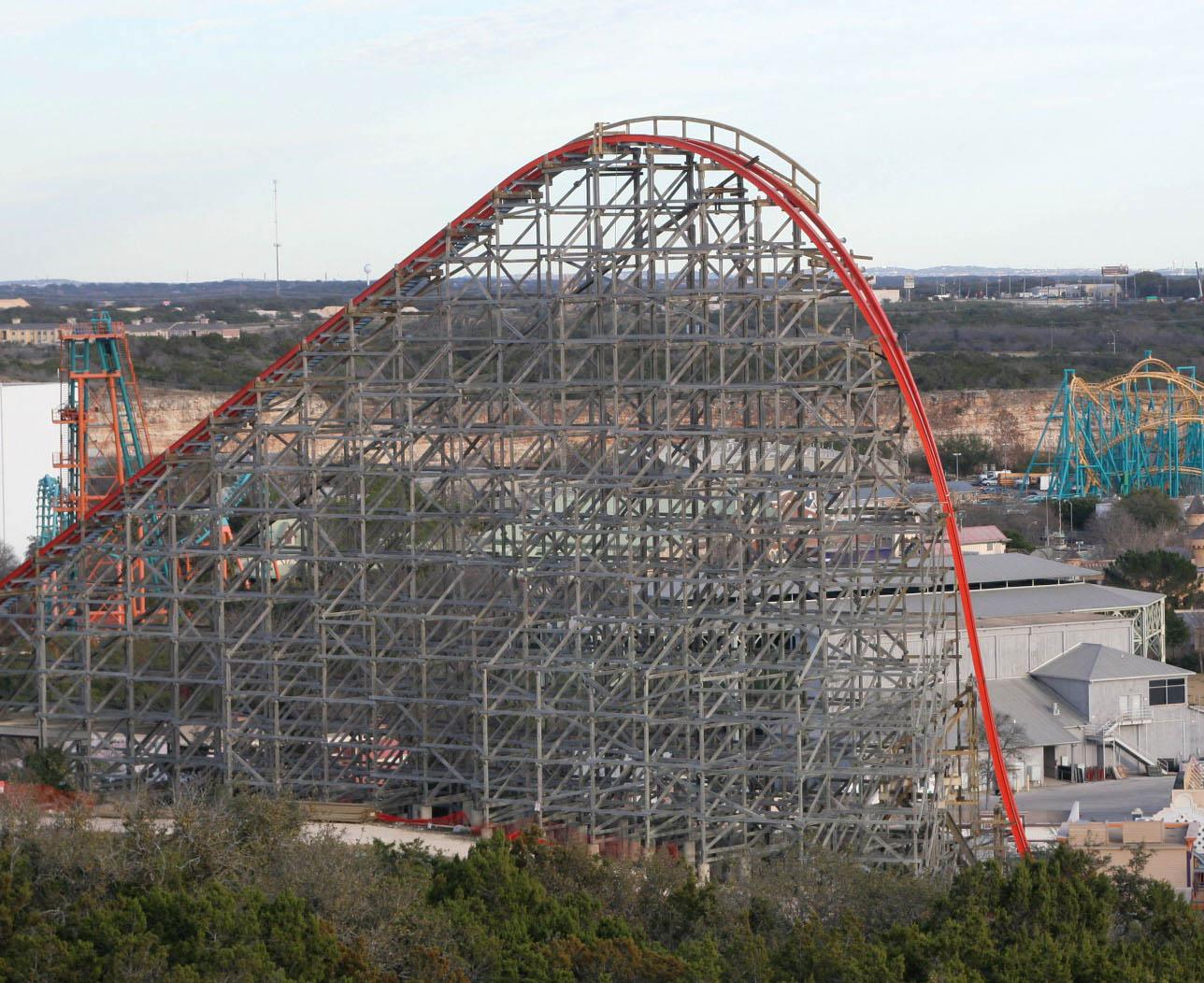 Theme Park Review Six Flags Fiesta Texas Sfft