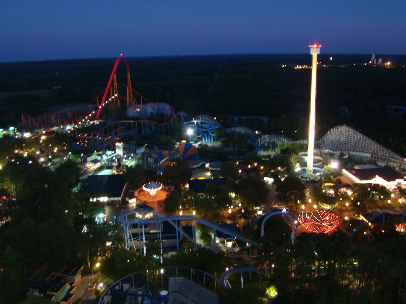 Photo TR: Kings Dominion LD Fireworks - Theme Park Review