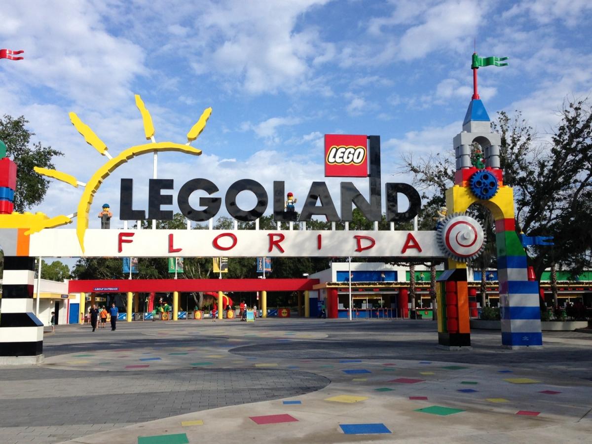 Theme Park Review • ...