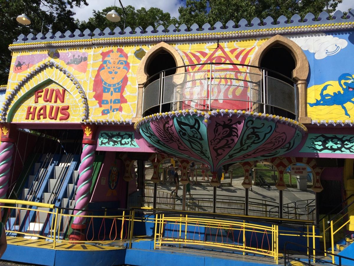 Amusement park porn
