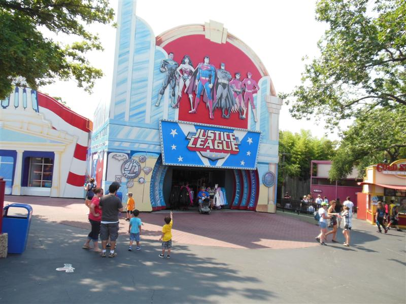 Six flags clothing store