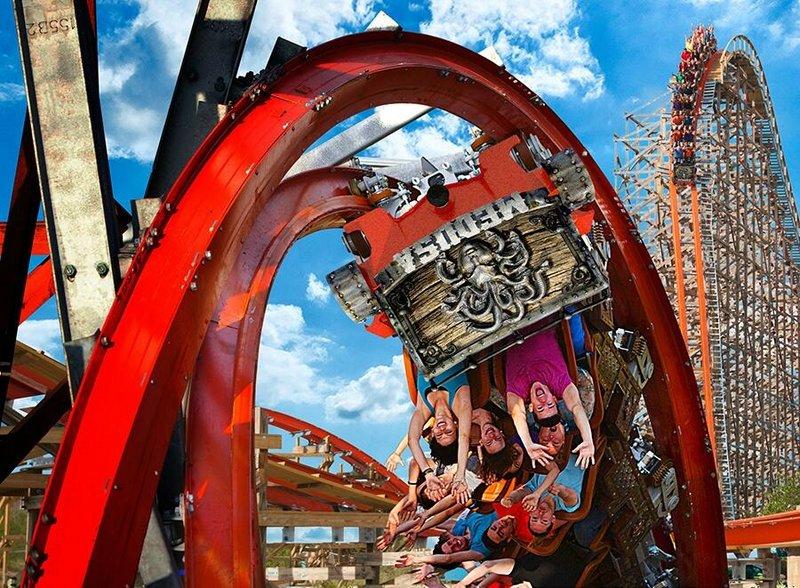 Six Flags Mexico Medusa Steel Coaster