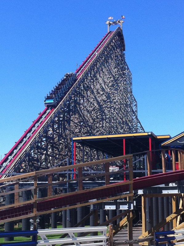 Six Flags Over Texas - Photos, Videos, Reviews, Information
