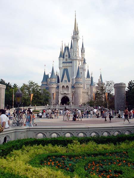 Around The World: Tokyo Disneyland Urayasu, Japan