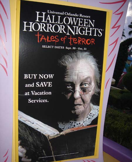 this year the theme of hhn was old ladies who live in a shoe - Halloween Horror Night Theme
