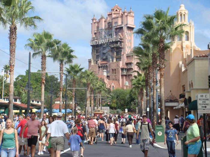 a comparison of the disney mgm and universal amusement parks Welcome to universal studios hollywood learn more about our incredible  theme park attractions in california such as the wizarding world of harry potter ™.
