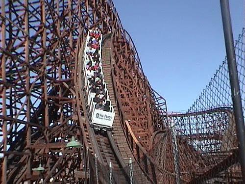 "Zero Gravity Theme Park >> Six Flags Magic Mountain - 2002 ""Solace Weekend Trip"""