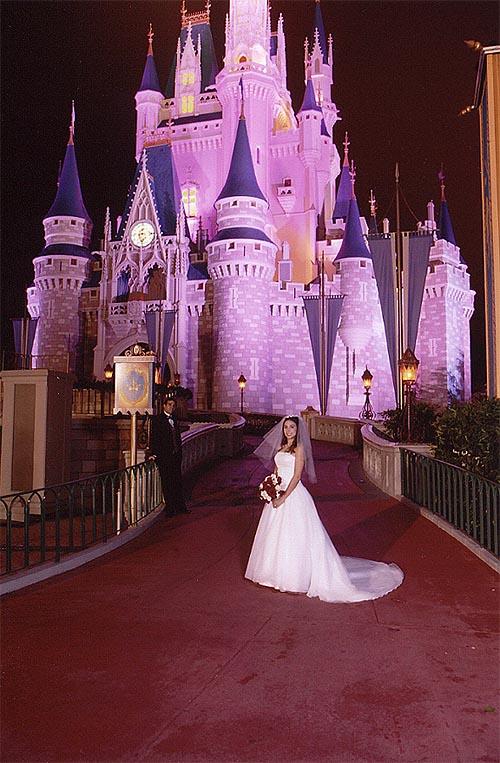 Robb Amp Elissa Alveys Walt Disney World Wedding Update