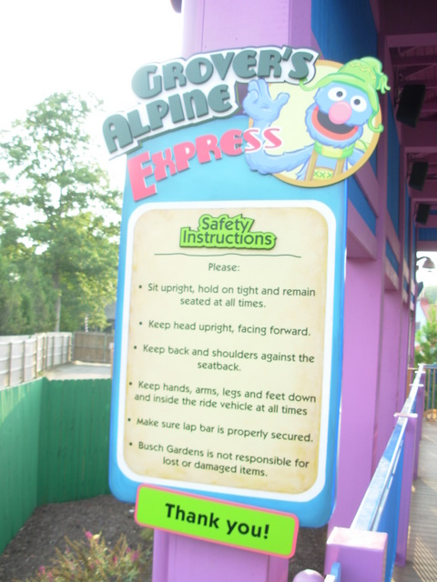 Theme Park Review • Photo TR: The Quest For Grover's coaster credits