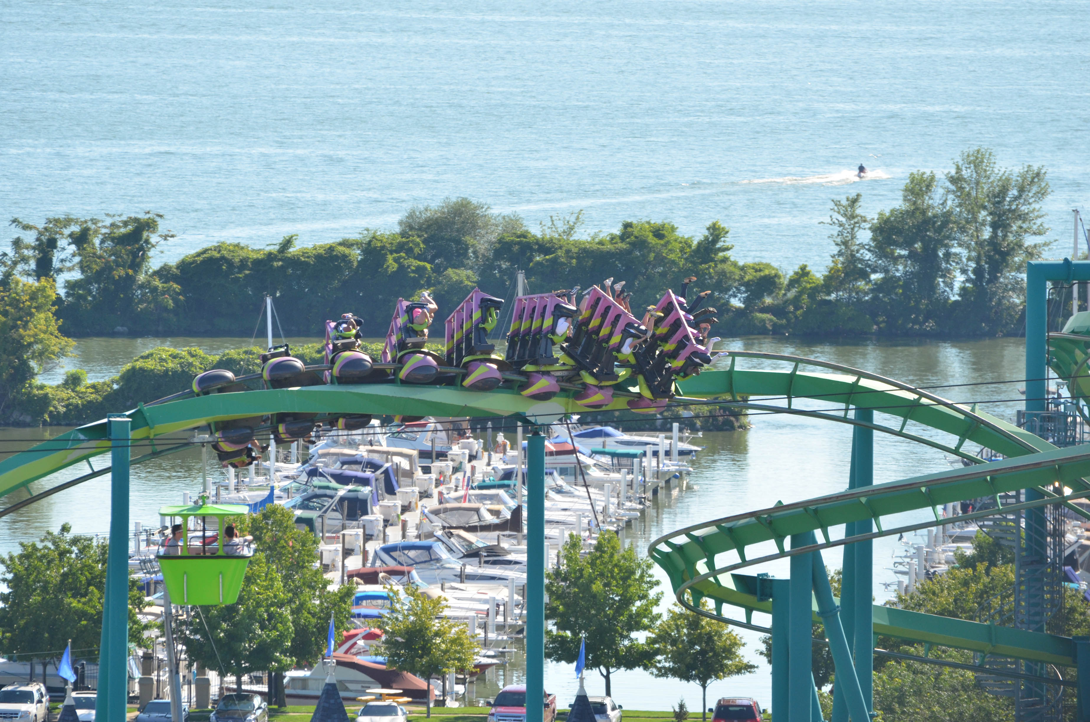 cedar point amusement park Cedar point is the second-oldest amusement park in america and it is a short 45- hour ride from chicago to the shores of lake erie.