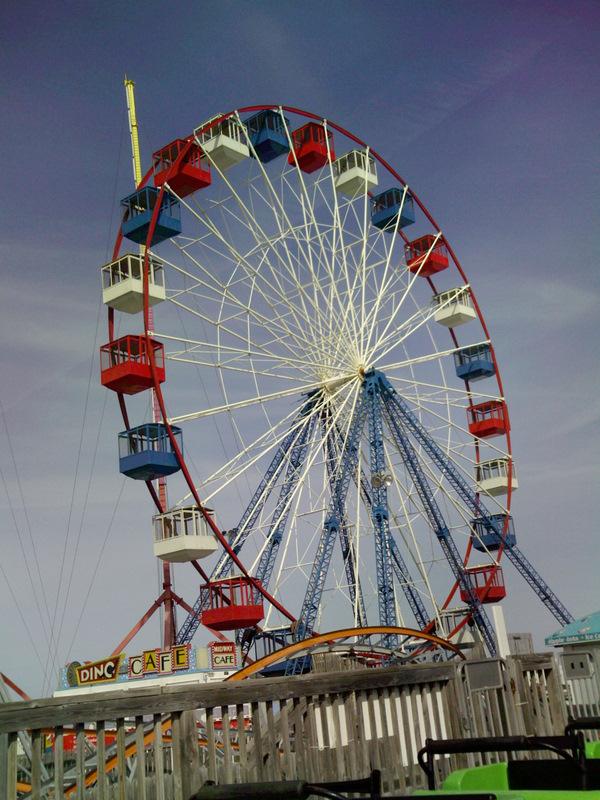 thaiphoon_Funtown Pier - Photos, Videos, Reviews, Information