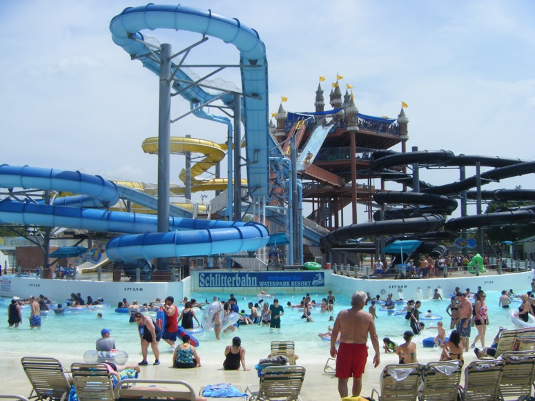 The first family of water parks has become an integrated part of South Texas summer, and grew to include Kansas City, Kansas in Schlitterbahn has five unique water park destinations. At every Schlitterbahn you will find tubing rivers, uphill water coasters, Boogie Bahn surfing rides, Torrent Tidal Wave Rivers and picnic areas with shade.