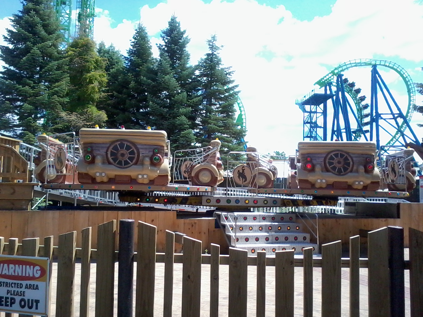 Six Flags New England Photos Videos Reviews Information