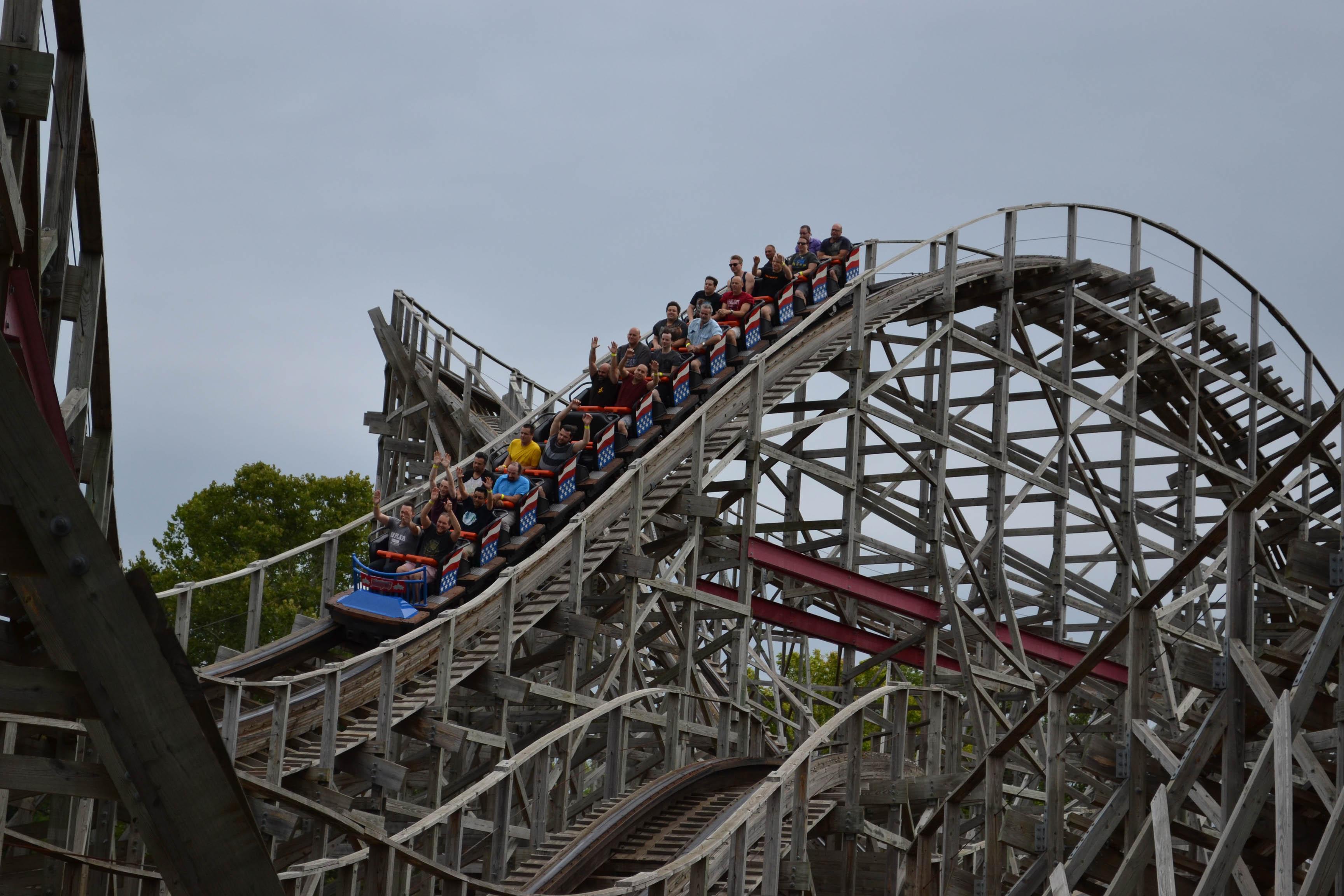 Six Flags St. Louis - Photos, Videos, Reviews, Information