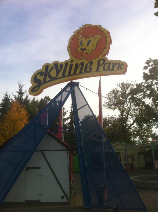 skyline park tpr 39 s 2010 oktoberfest trip. Black Bedroom Furniture Sets. Home Design Ideas
