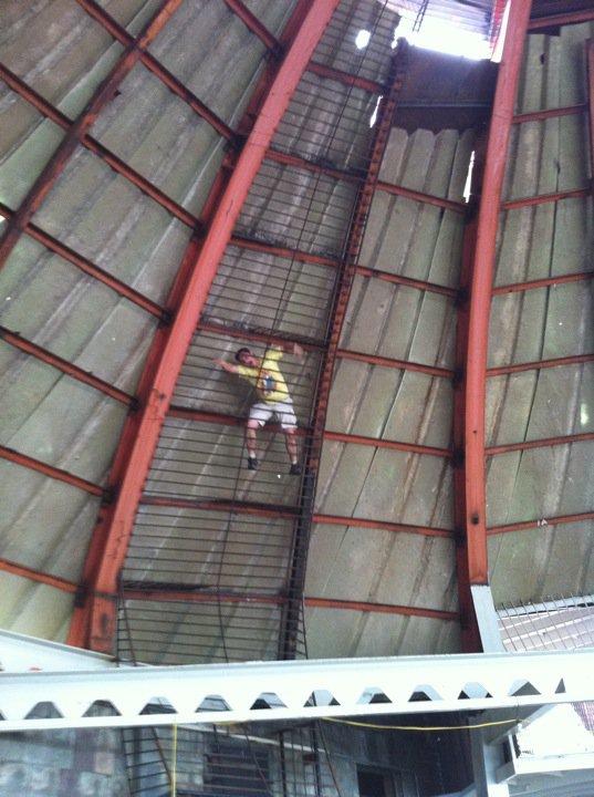 St Louis City Museum Theme Park Review S 2010 Mid