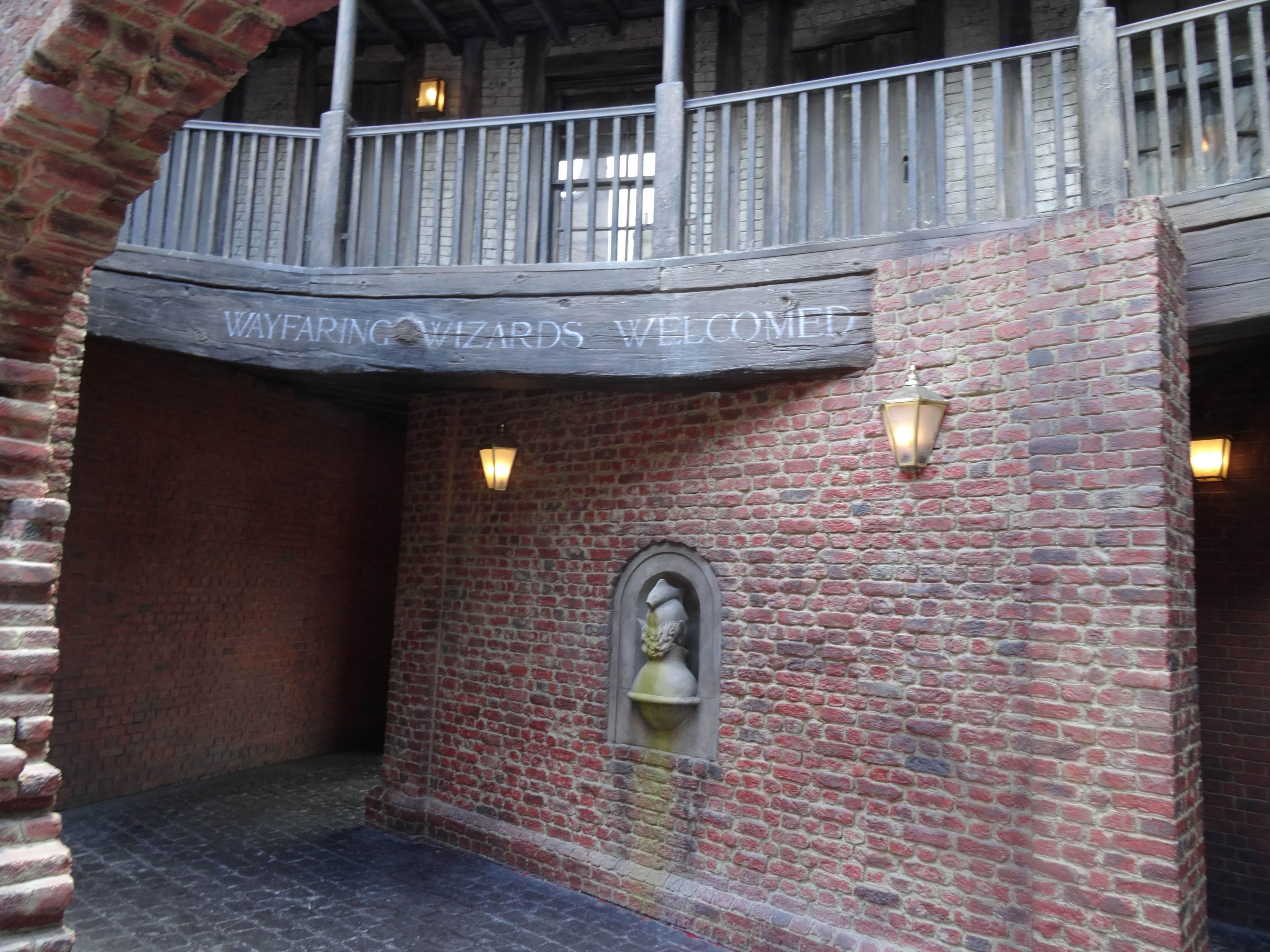 Universal Studios Orlando Diagon Alley Media Day 2014