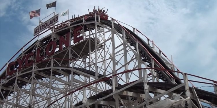 POV Video of Coney Island's Cyclone!