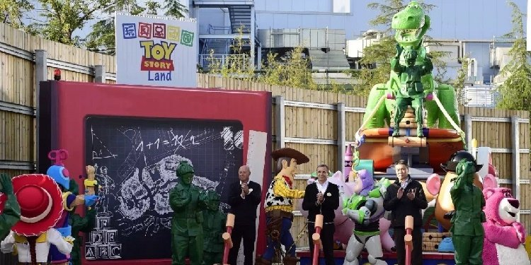 Toy Story Land Coming to Shanghai Disney!
