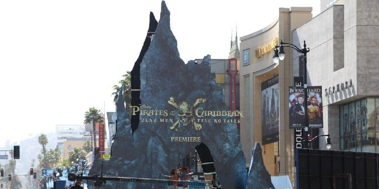 World Premiere of Pirates of the Caribbean!