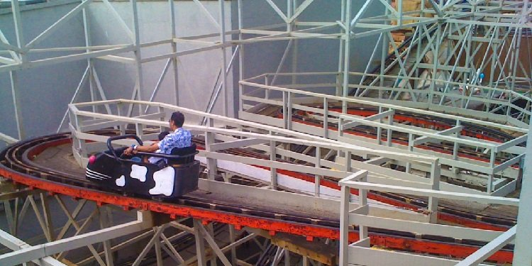 Blackpool Pleasure Beach Removes Wild Mouse!