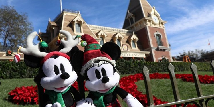 Holidays at Disneyland!