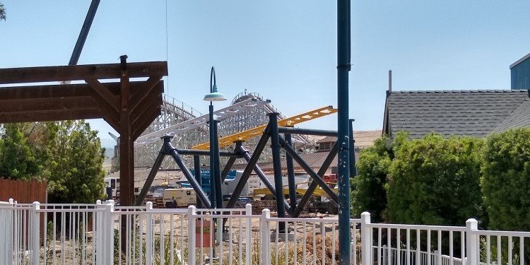 Track Going up at Six Flags Magic Mountain!