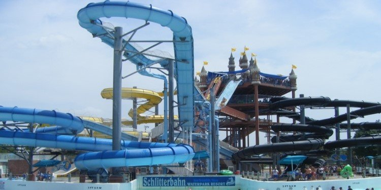 Cedar Fair Acquires Texas Schlitterbahn Water Parks!