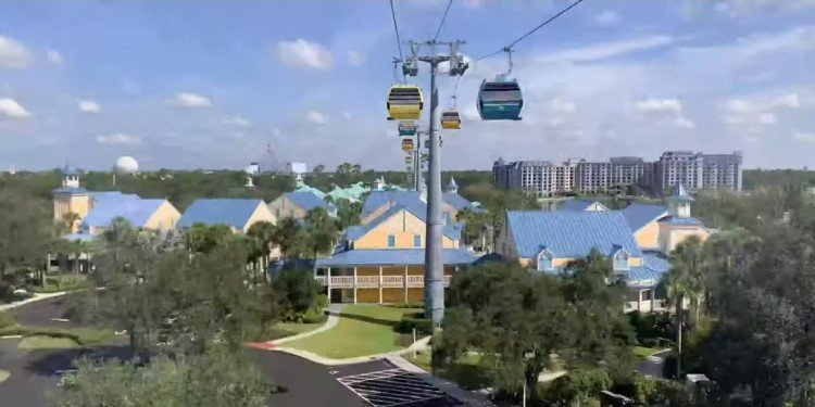 POV Video of the Disney Skyliner!