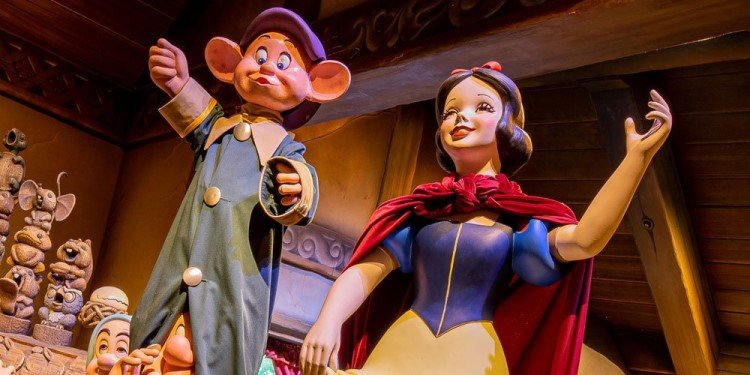Snow White's Enchanted Wish Coming to Disneyland!